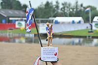 FIERLJEPPEN: POLSBROEKERDAM: 24-08-2013, NK Fierljeppen, ©foto Martin de Jong