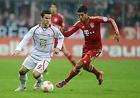 FUSSBALL  DFB POKAL       SAISON 2012/2013 FC Bayern Muenchen - 1 FC Kaiserslautern  31.10.2012 Alexander Baumjohann (li, 1. FC Kaiserslautern) gegen Emre Can (FC Bayern Muenchen)
