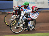 Heat 5 - Kasprzak (green), Zagar (red) - Reading Bulldogs vs Lakeside Hammers - Elite League Speedway at Smallmead, Reading- 23-04-07 - MANDATORY CREDIT: Gavin Ellis/TGSPHOTO - IMAGES USED WILL BE INVOICED AT STANDARD RATES..