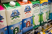 Containers of whole and reduced fat organic milk in a supermarket in New York on Thursday, April 14, 2016. A recent report from the European Journal of Nutrition concluded that whole milk may be better for you than reduced fat products. Researchers found no difference between those who used either product in terms of diabetes and cardiovascular disease.  (© Richard B. Levine)
