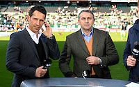 FUSSBALL   1. BUNDESLIGA   SAISON 2012/2013    30. SPIELTAG SV Werder Bremen - VfL Wolfsburg                          20.04.2013 Thomas Eichin (li, Bremen) und Klaus Allofs (re, Wolfsburg)
