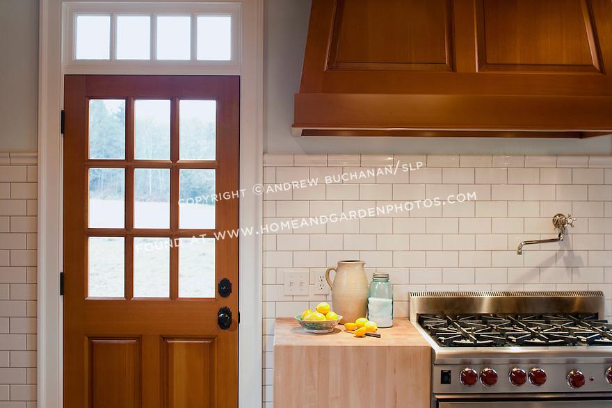 Shaker Range Hood Home Design And Decor Reviews