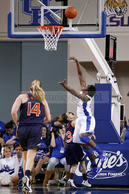 UK junior forward Samarie Walker shooting the ball during the second half of the UK Hoops vs. Auburn women's basketball game at Memorial Coliseum on Sunday, January 20, 2013, in Lexington, Ky. Photo by Kalyn Bradford | Staff