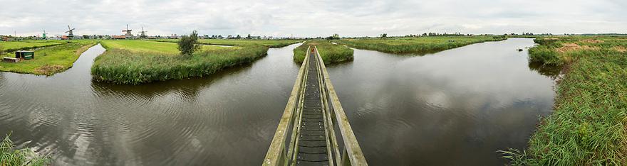 Nederland, Zaanstad, 8 sept  2013<br /> Landschap omgeving Zaanse Schans<br /> Foto(c): Michiel Wijnbergh
