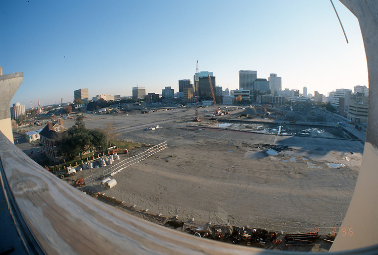 1996 DECEMBER 03..Redevelopment..Macarthur Center.Downtown North (R-8)..LOOKING SOUTH.SUPERWIDE...NEG#.NRHA#..