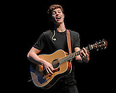 SHAWN MENDES (2015)