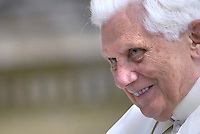 Pope Benedict XVI general audience in Saint Peter's Square; 29 april 2009.. December. 25, 2007.. .