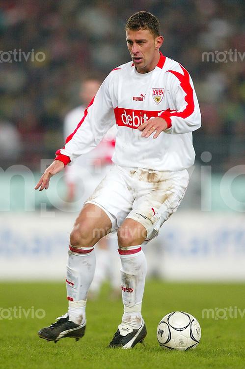 Fussball / 1. Bundesliga Saison 2002/2003 Marcelo BORDON, Einzelaktion am Ball VfB Stuttgart