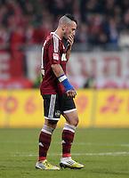 FUSSBALL   1. BUNDESLIGA  SAISON 2012/2013   12. Spieltag 1. FC Nuernberg - FC Bayern Muenchen      17.11.2012 Timo Gebhart (1 FC Nuernberg) bekomm die ROTE KARTE und geht vom Platz