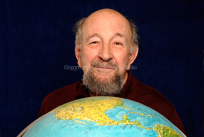 Yves Lacoste, french geographer and geopolitician.