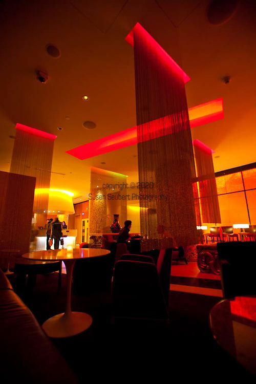 At Chic 39 See And Be Seen 39 Opus Bar In The World Renowned