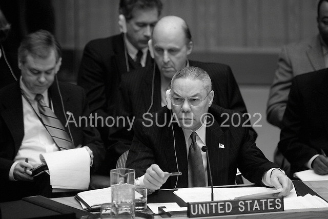 New York, New York.USA.February 14, 2003..UN Security Council meets on the impending crisis in Iraq...US Secretary of State Colin Powell listens to Hans Blix deliver his report on Iraq.