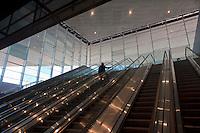 Roma 28 Novembre 2011.Inaugurata la nuova Stazione Tiburtina dell'alta velocità..L'interno e le scale mobili..
