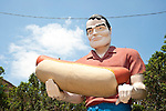 Muffler man with hot dog (Bunyon's Statue) along Rt. 66 in Illinois.