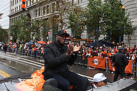 SAN FRANCISCO, CA - OCTOBER 31:  Barry Bonds of the San Francisco Giants waves to the fans on Market Street during the World Series parade on Friday, October 31, 2014 in San Francisco, California. Photo by Brad Mangin
