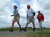 2e Slachtemarathon (12 juni 2004) ter hoogte van de finish, locatie Zeedijk en Slachte te Oosterbierum, Friesland.