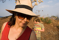 Annuska in a walk in Cuatepetitla with Annuska, Felix and Lucas in San Jose los Laureles, Tlayacapan, Mexico