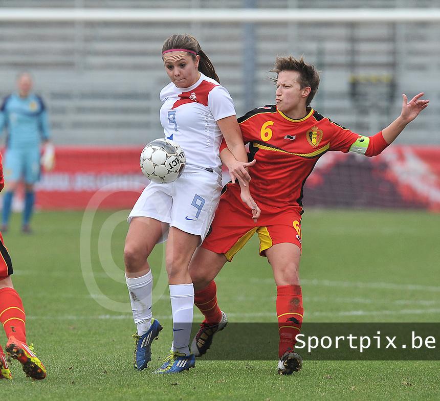 Belgium - The Netherlands : Lieke Martens voor Niki De Cock.foto DAVID CATRY / Vrouwenteam.be