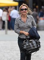 Catherine Frot dans les rues de Namur - Belgique  - Exclusif