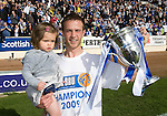 St Johnstone v Morton....02.05.09.Chris Millar with his daughter Ellie and the first division trophy.Picture by Graeme Hart..Copyright Perthshire Picture Agency.Tel: 01738 623350  Mobile: 07990 594431