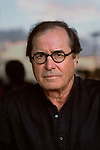 USA-10516, USA, 2005. Portrait of author Paul Theroux.<br />