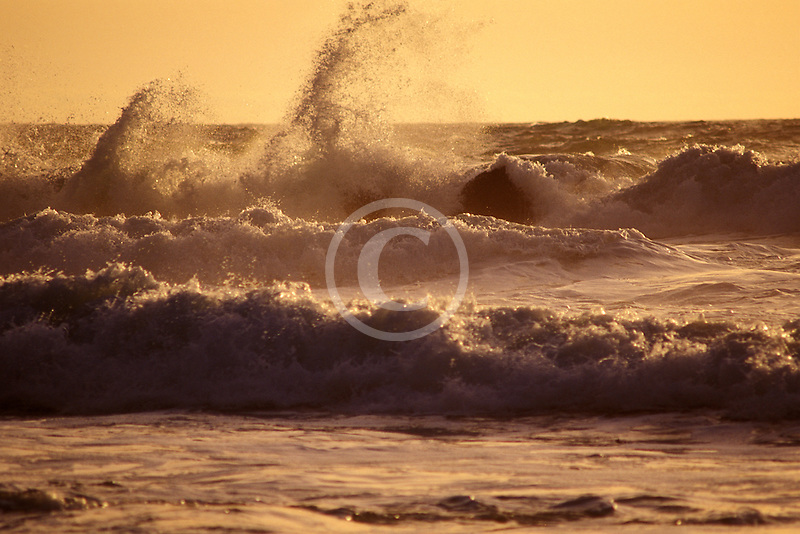 California, Point Reyes, Surf at Limantour Beach
