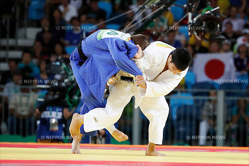 Antoine Valois-Fortier (CAN), Takanori Nagase (JPN),<br /> AUGUST 9, 2016 - Judo :<br /> Men's -81kg Repechage at Carioca Arena 2 during the Rio 2016 Olympic Games in Rio de Janeiro, Brazil. (Photo by Yuzuru Sunada/AFLO)