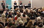Foto: VidiPhoto<br /> <br /> KESTEREN - Debatavond maandag van de NPV over abortus in het Van Lodensteincollege in Kesteren.
