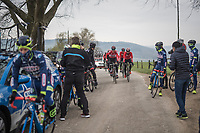 Team Lotto-Soudal stumbling upon Team Wanty-Groupe Gobert during the Liège-Bastogne-Liège 2017 recon