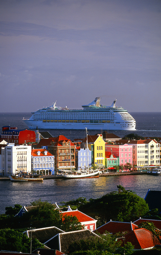 """Royal Caribbean cruise ship """"Adventure of the Seas"""" departs Willemstad, Curacao, Netherlands Antilles"""