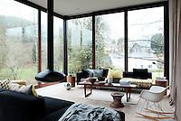 Riverside Modern, Wales