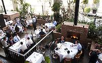 Cafe Torino, Leopoldo Rigoletti's restaurant in Santa Fe, mexico City.