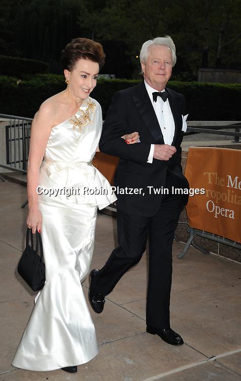 2009-2010 Metropolitan Opera Season Opening   Robin Platzer Twin