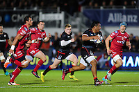 Mako Vunipola of Saracens goes on the attack. European Rugby Champions Cup match, between Saracens and the Scarlets on October 22, 2016 at Allianz Park in London, England. Photo by: Patrick Khachfe / JMP