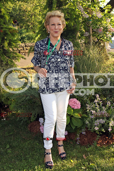 Bette Midler attending Bette Midler's New York Restoration Project's 11th annual Spring Picnic on The Cloisters Lawn at Fort Tryon Park in New York, 31.05.2012..Credit: Rolf Mueller/face to face /MediaPunch Inc. ***FOR USA ONLY***