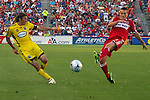 Gino Padula Columbus Crew and Chris Rolfe Chicago Fire