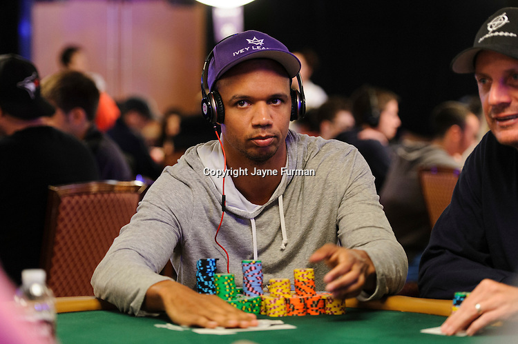 2014 WSOP Event #65: $10K No-Limit Hold'em Main Event Day 2A-C