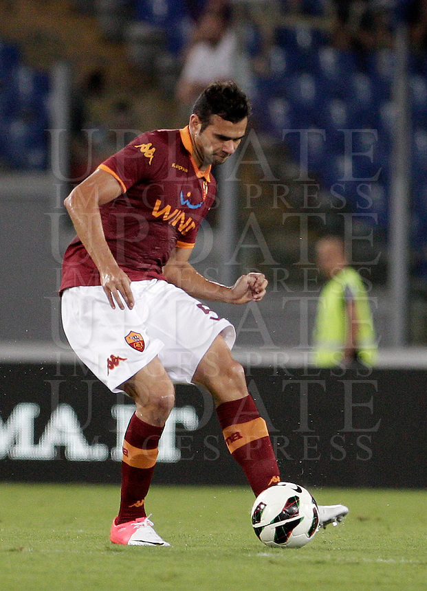 Calcio: partita amichevole Roma-Aris Salonicco. Roma, stadio Olimpico, 19 agosto 2012..AS Roma defender Leandro Castan, of Brazil, in action during a football friendly match between AS Roma and Aris Thessaloniki, at Rome, Olympic stadium, 19 August 2012..UPDATE IMAGES PRESS/Riccardo De Luca