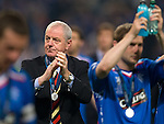 Walter Smith salutes the Rangers fans