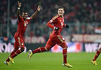 FUSSBALL   1. BUNDESLIGA  SAISON 2012/2013   21. Spieltag  FC Bayern Muenchen - FC Schalke 04                     09.02.2013 Torjubel nach dem 2:0: David Alaba und Bastian Schweinsteiger  (v.l., beide FC Bayern Muenchen)