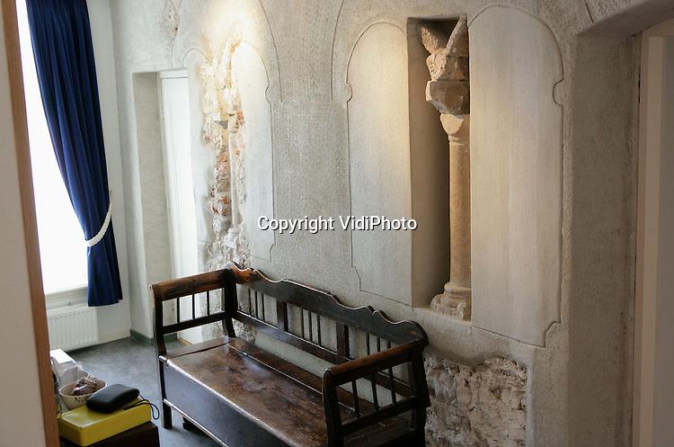Oudste stenen huis van nederland vidiphoto for Interieur van eigentijds huis foto