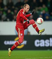 FUSSBALL   1. BUNDESLIGA   SAISON 2012/2013    22. SPIELTAG VfL Wolfsburg - FC Bayern Muenchen                       15.02.2013 Arjen Robben (FC Bayern Muenchen) Einzelaktion am Ball