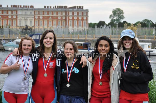 Thames Ditton Regatta.110 Wallingford Rowing Club vs 109 Weybridge Ladies (Williams).WJ14 Girls 4X+.cox Courtney Burton.4 Beth Coombes.3 Justine Fowler.2 Laura Berchier.1 Tammy Palihawadana.Boat Junior BBG
