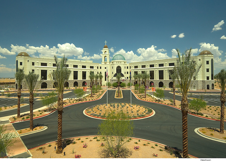 Hospital - Mercy Gilbert Hospital in Pheonix, AZ by Moon Mayoras ...