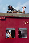 00298_12, 01565_06;, Bangladesh, Dacca to Peshawar, 03/2003<br />