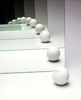 INFINITE IMAGE FROM MIRRORS -GOLF BALL<br /> Example of the Droste Effect<br /> When two plane mirrors are set parallel to each other, the objects that are set between the mirrors appears to be reflected in infinity.