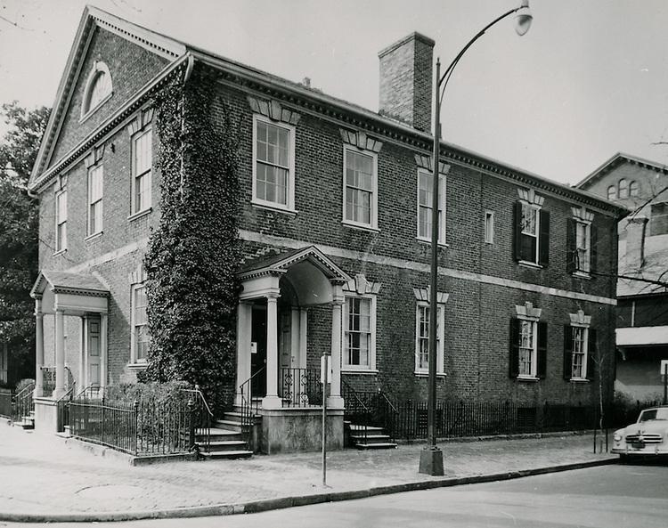 1954 November 19..Historical..Myers House..PHOTO CRAFTSMEN INC..NEG# 19-584.NRHA# 962-A..