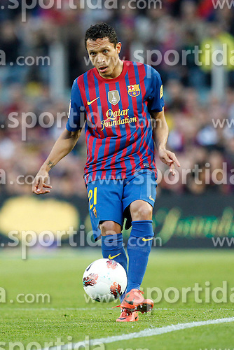 21.04.2012, Stadion Camp Nou, Barcelona, ESP, Primera Division, FC Barcelona vs Real Madrid, 35. Spieltag, im Bild Barcelona's Adriano Correia // during the football match of spanish 'primera divison' league, 35th round, between FC Barcelona and Real Madrid at Camp Nou stadium, Barcelona, Spain on 2012/04/21. EXPA Pictures © 2012, PhotoCredit: EXPA/ Alterphotos/ Cesar Cebolla..***** ATTENTION - OUT OF ESP and SUI *****