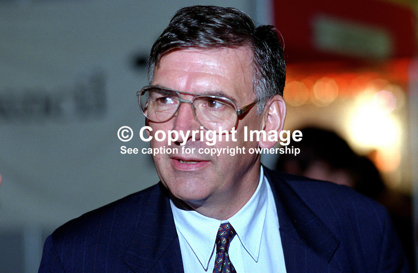 Tony Worthington, MP, UK, Labour Party, 199509056..Copyright Image from Victor Patterson, 54 Dorchester Park, Belfast, UK, BT9 6RJ..Tel: +44 28 9066 1296.Mob: +44 7802 353836.Voicemail +44 20 8816 7153.Skype: victorpattersonbelfast.Email: victorpatterson@me.com.Email: victorpatterson@ireland.com (back-up)..IMPORTANT: If you wish to use this image or any other of my images please go to www.victorpatterson.com and click on the Terms & Conditions. Then contact me by email or phone with the reference number(s) of the image(s) concerned.