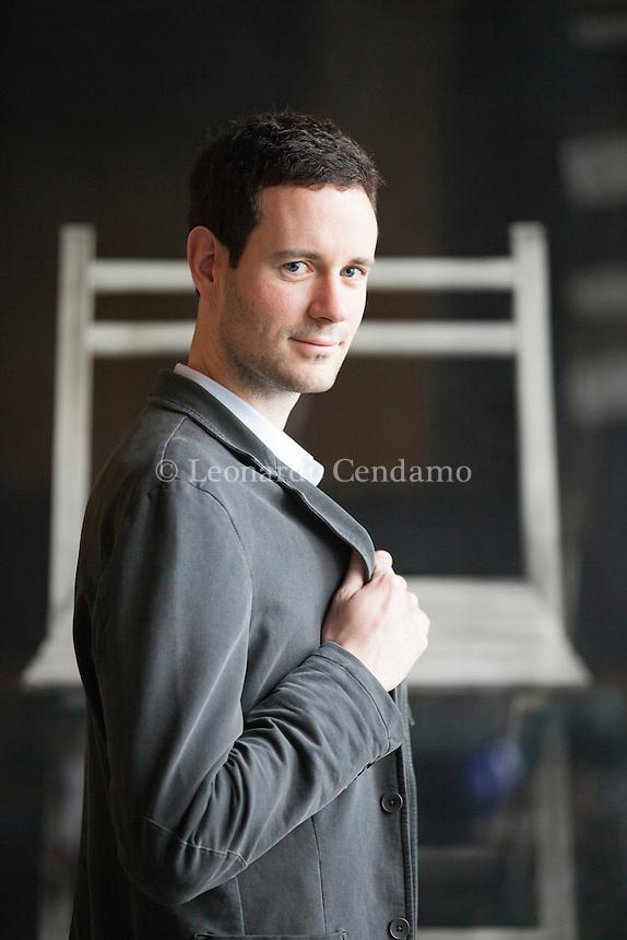 Un homme effacé - Prix Goncourt du premier roman 2013 - Alexandre Postel. Torino, Salone del Libro 2014. © Leonardo Cendamo